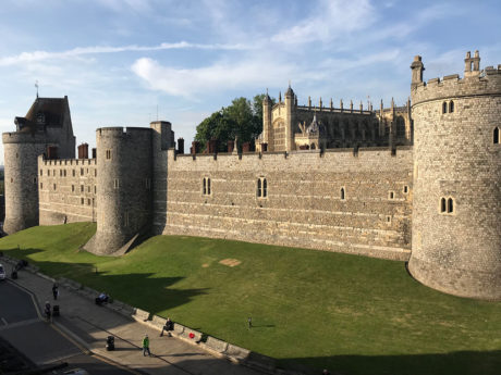 Windsor Castle: Air Safaris International